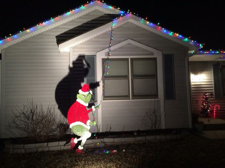grinch stealing lights - Google Search | Winter Roofs | Pinterest ...