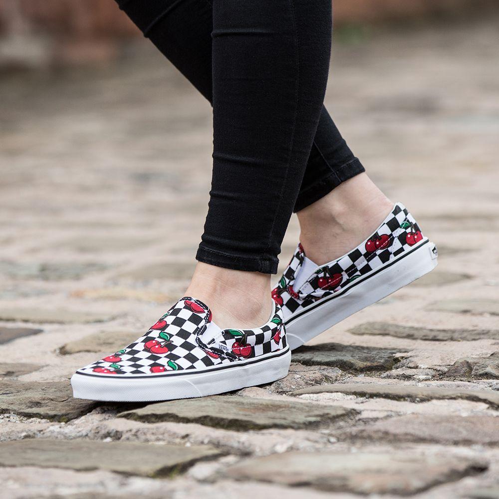 Add the Vans Womens Classic Slip On Cherry Check Trainer to
