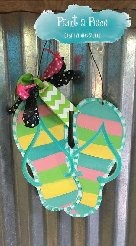 Photo of Flip Flops – Summer Door Door Hanger opprettet på Paint a Piece i Germantown, …
