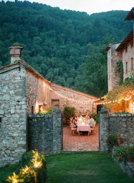 Sara & Patrick — Lavish Tuscan Villa Wedding - Photographer: Matthew Moore Photography