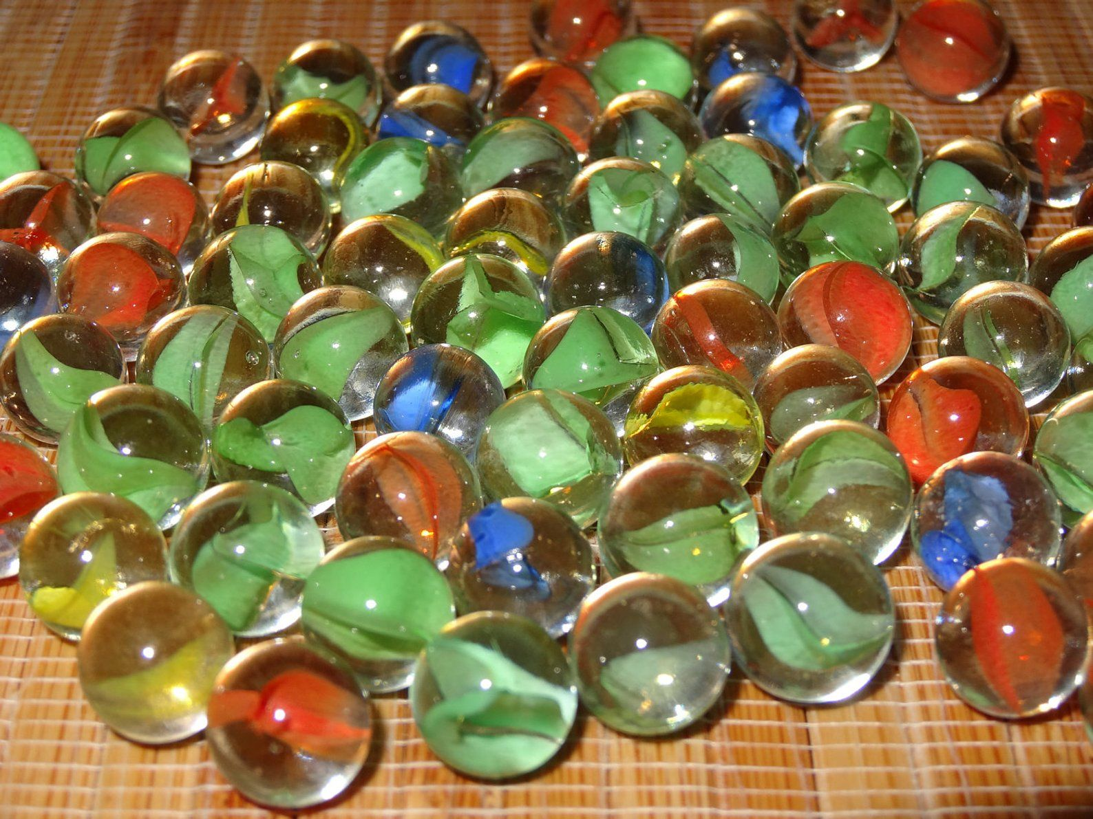 Lot of 25 Vintage Pee Wee Cat's Eye Marbles / Glass Etsy