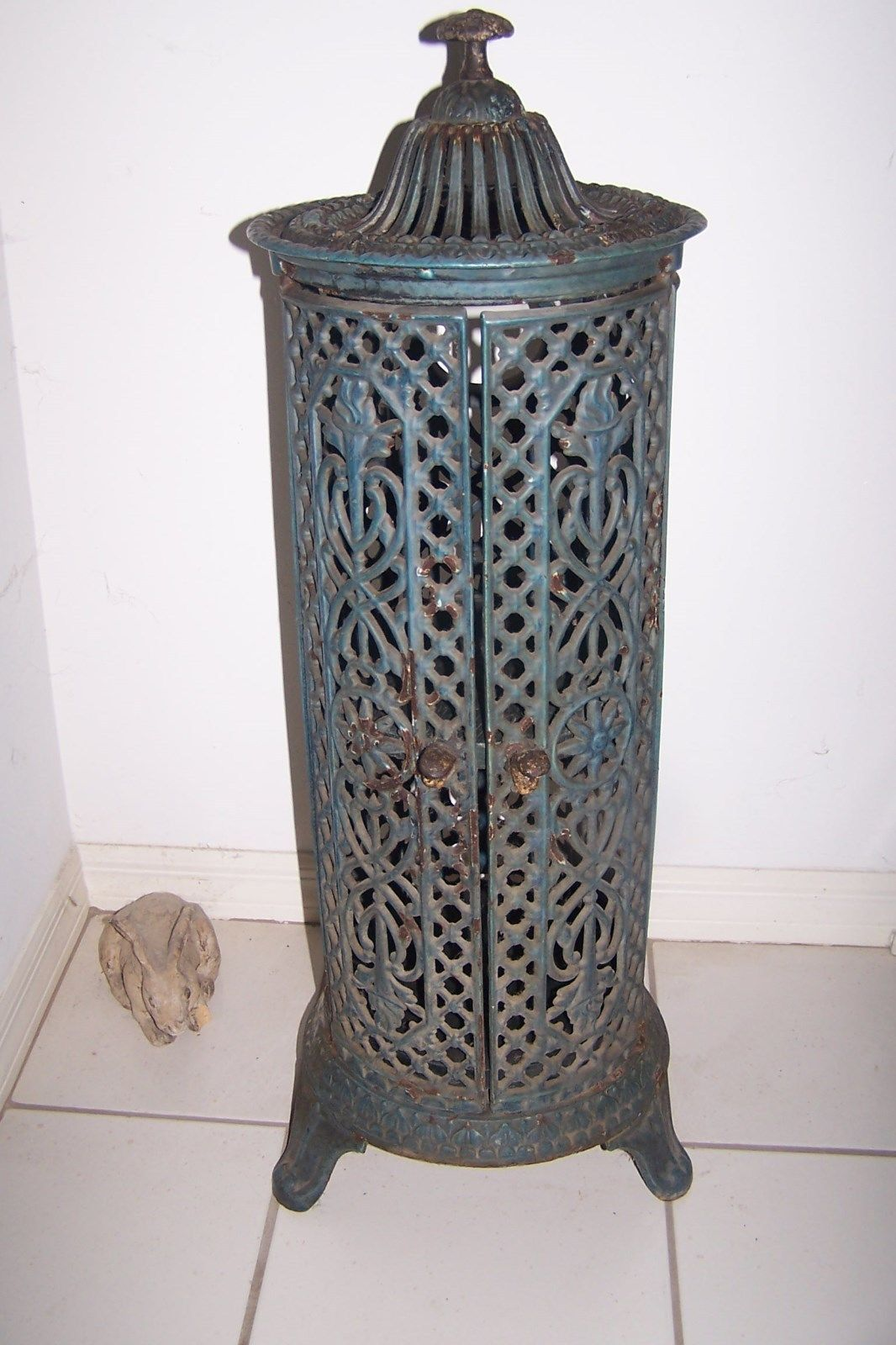Swedish Antique Cast Iron Stoves Antique Round Cast Iron