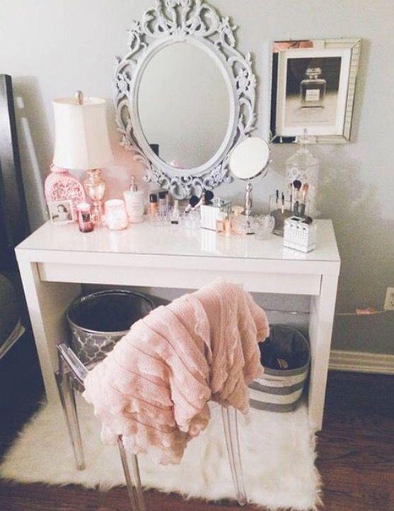 Cute makeup vanities bedroom ideas pinterest make up for Cute vanity desk