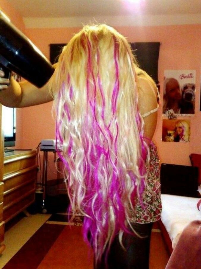 Super Bleach Blonde Hair With Pink Streaks Bpttot Hair Beauty That I Hairstyle Inspiration Daily Dogsangcom