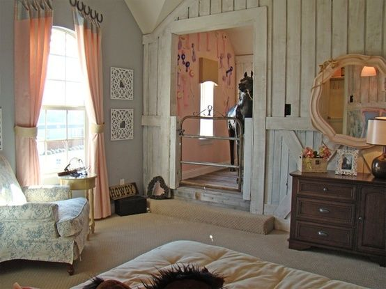Charmant I Love This Equestrian Style Girlu0027s Bedroom That Has More Elegance And  Femininity Than Your Typical Horse  Crazy Kidu0027s Bedroom. Love The Small  Closet/barn ...