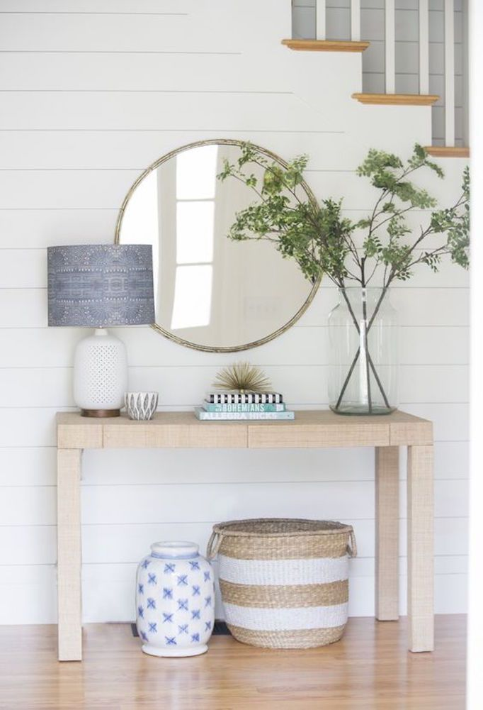 How To Style A Console Tablebecki Owens Decor Foyer Decorating