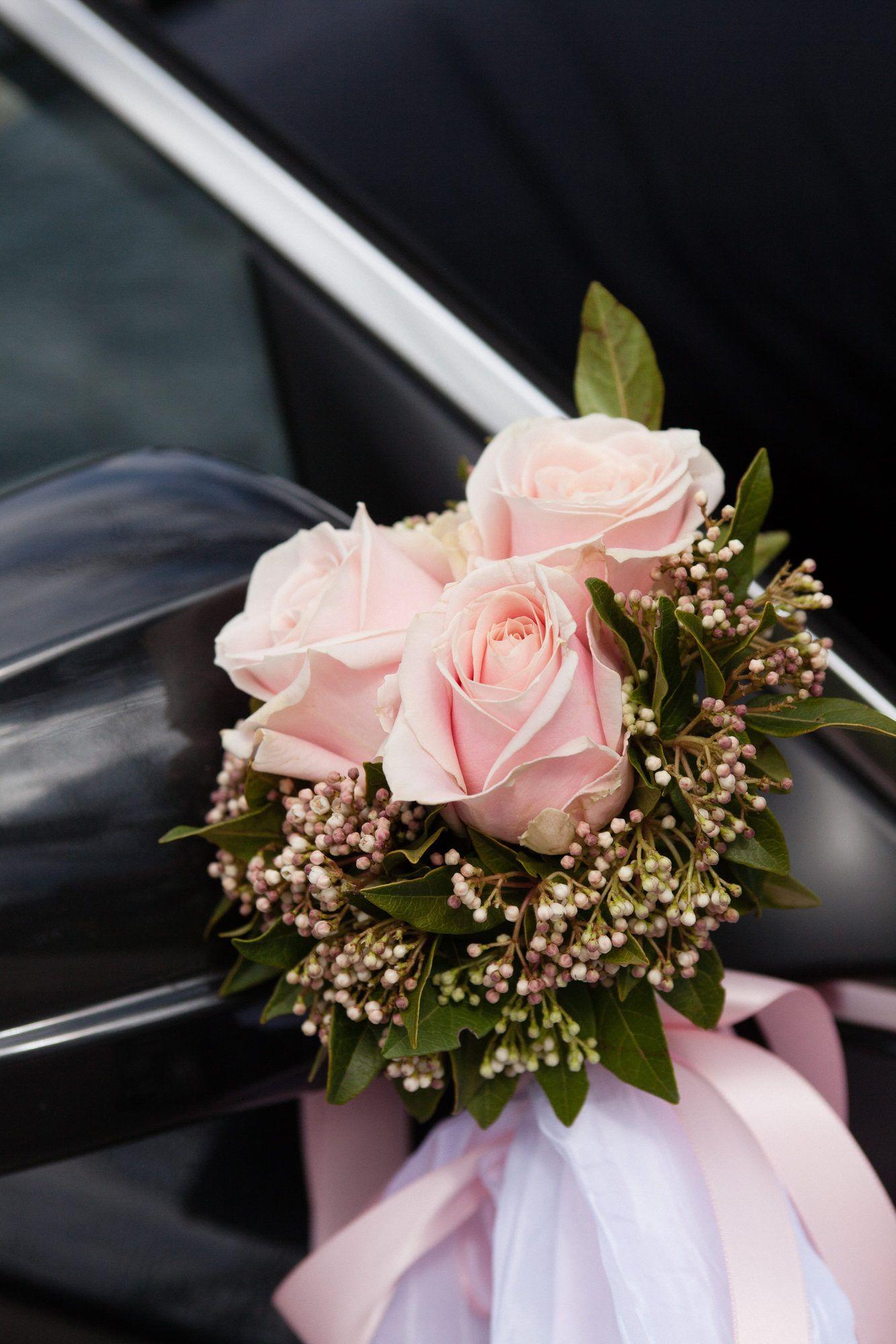 Hochzeit Von Svetlana Und Jurgen Am Leeberghof Autodeko Hochzeit Autoschmuck Hochzeit Blumen Fur Hochzeit