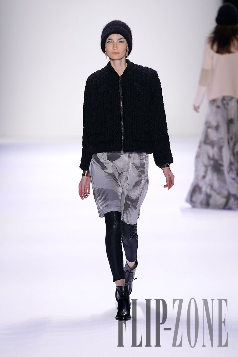 Lala Berlin Fall-winter 2012-2013 - Ready-to-Wear - http://www.flip-zone.com/fashion/ready-to-wear/independant-designers/lala-berlin-2481