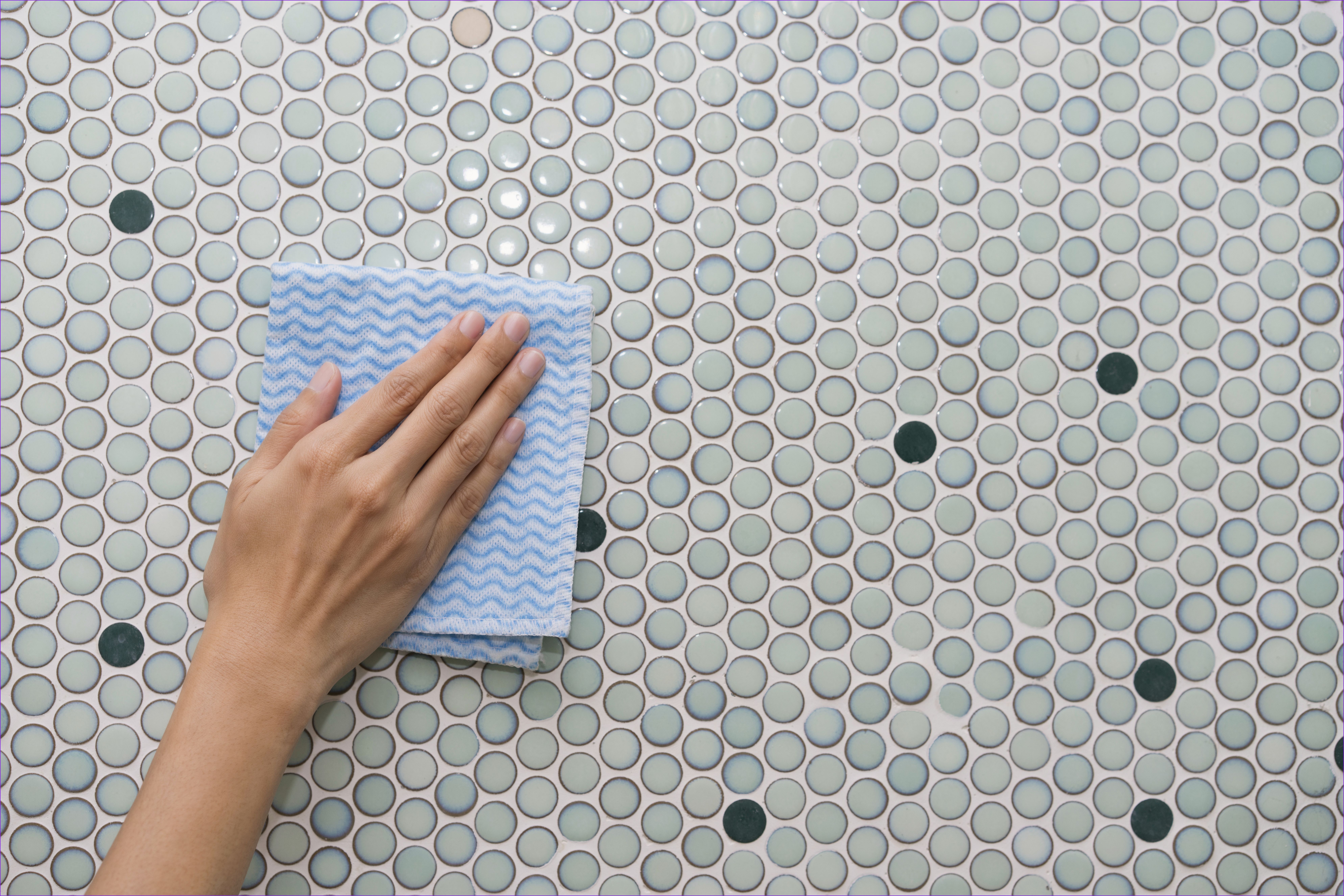 Awesome How To Replace Bathroom Tiles That Have Fallen Off Tile Bathroom Mosaic Shower Tile Clean Tile