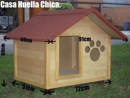 Casas de madera para perros perros y gatos cosas que - Casas para gatos de madera ...