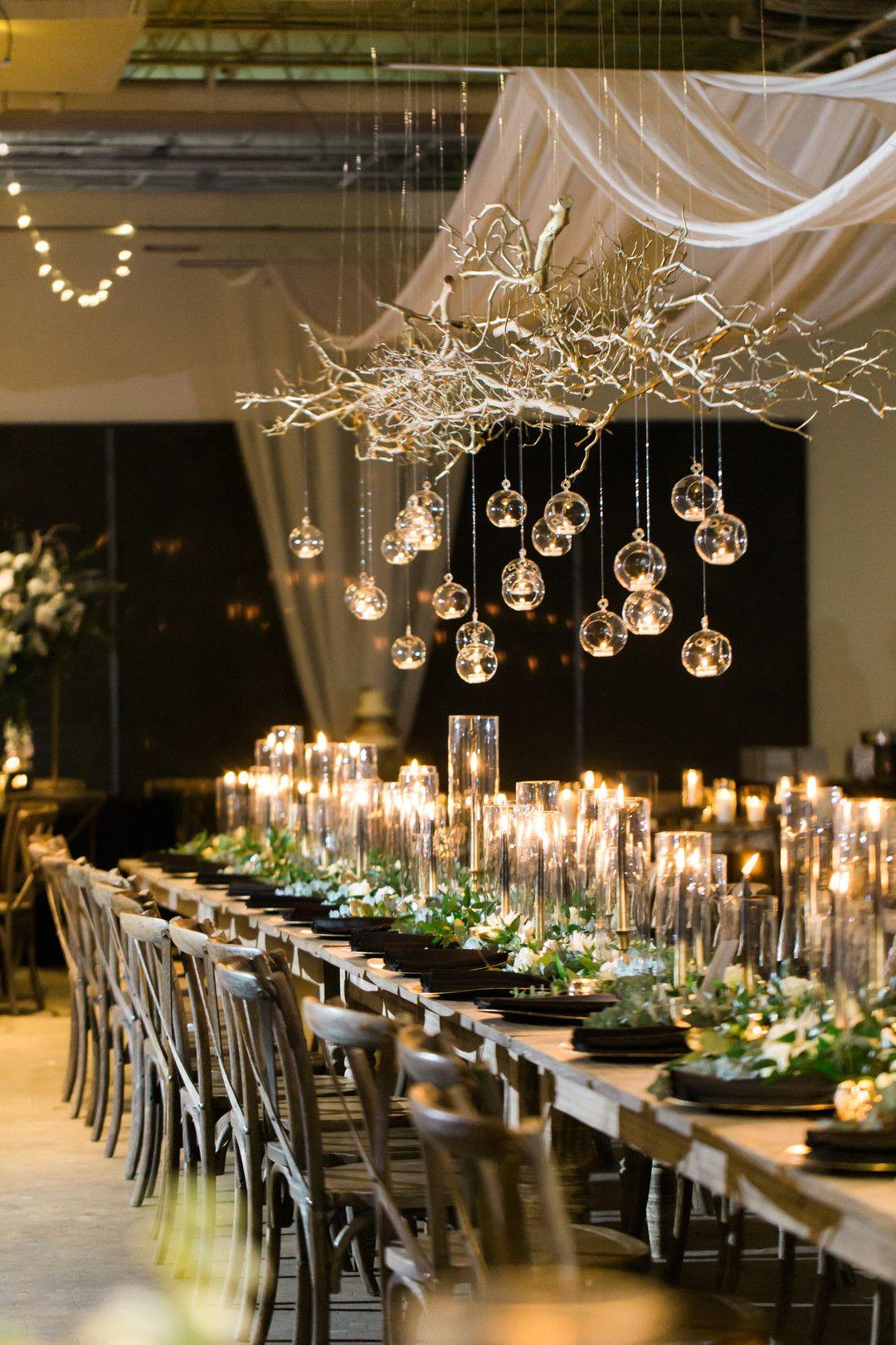 Jessica & Mark's Black & Gold New Year's Eve Wedding - The Celebration Society