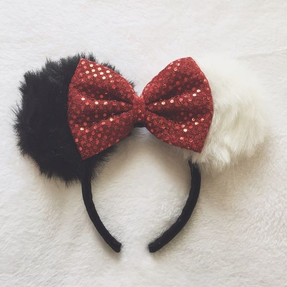 Cruella De Vil Minnie Ears ::: Let your villain show with these Cruella De Vil inspired Minnie ears. Match them with your Dalmatian fur coat.  Handmade by yours truly! ::: #cruelladevil #101dalmatians #disney #classicdisney #furcoats #disneyvillian #disney #handmade Accessories Hair Accessories