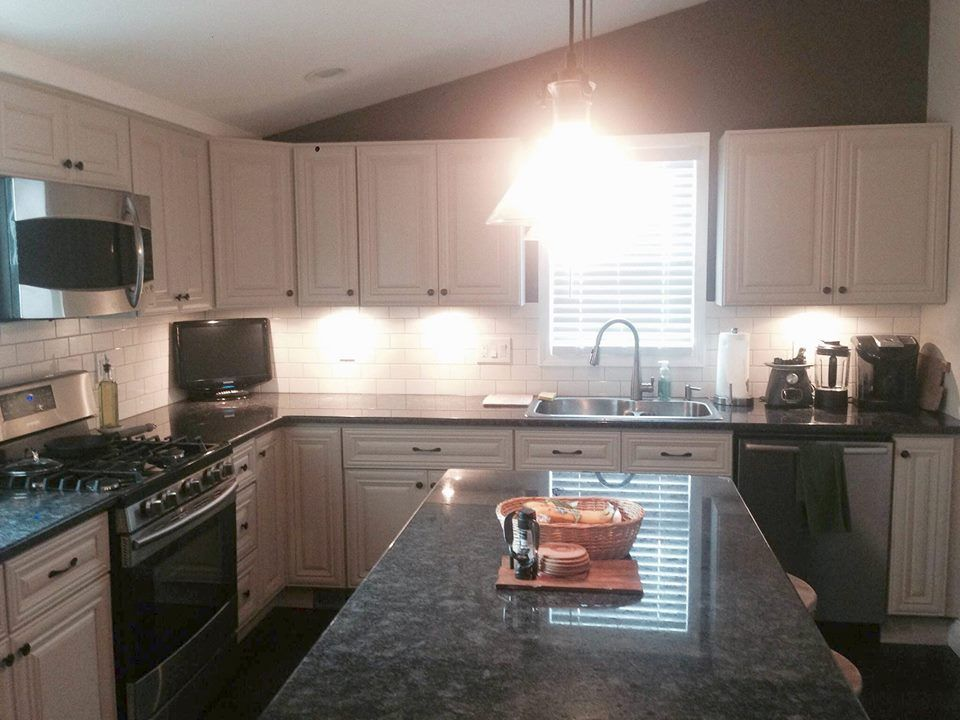 Victoria ivory kitchen cabinets roselawnlutheran - B jorgsen cabinets ...