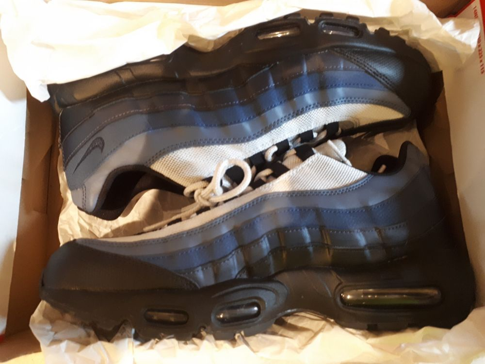Authentic Nike Air Max 95 Essential Black Obsidian-Navy 749766-028 Size 10  US  Nike  RunningShoes 0c0d82501