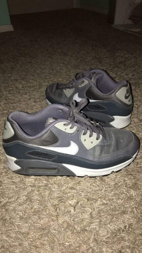 Womens Nike Air Max 90. US Size 8. Retail Price  110  fashion  clothing   shoes  accessories  womensshoes  athleticshoes (ebay link) cb5b359ab