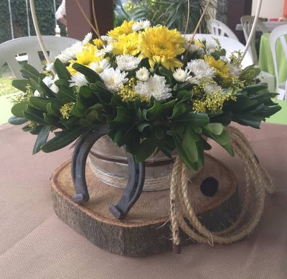 pin by lorena haros on fiesta vaquera pinterest simple diy rustic centerpieces DIY Rustic Centerpieces