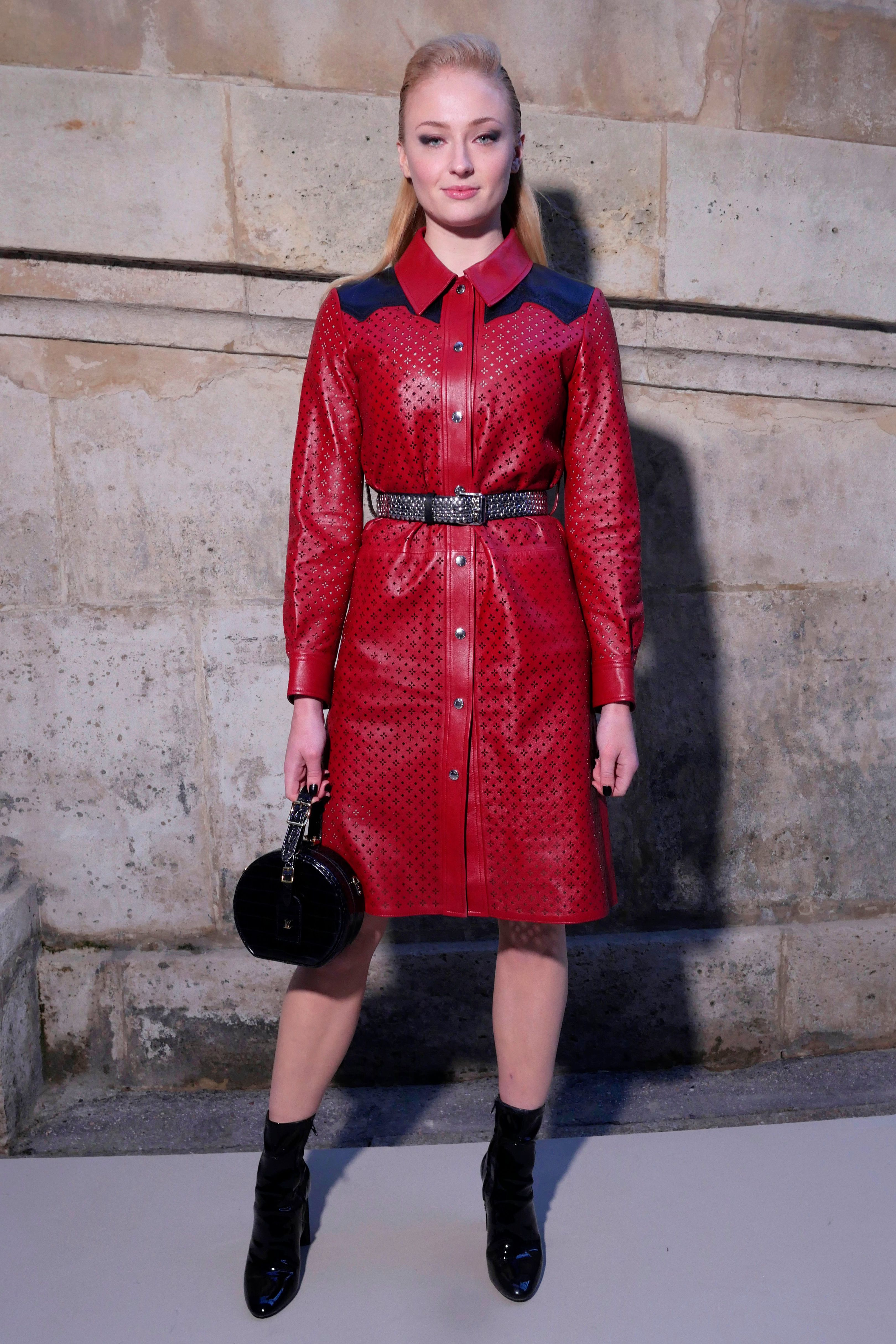 Sophie Turner Red leather dress, Fashion, Paris fashion week