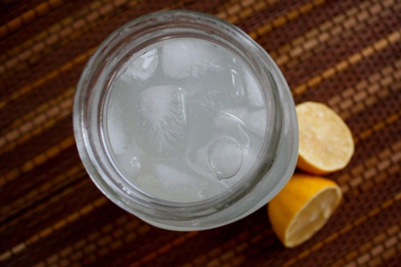Homemade allnatural electrolyte drink recipe with