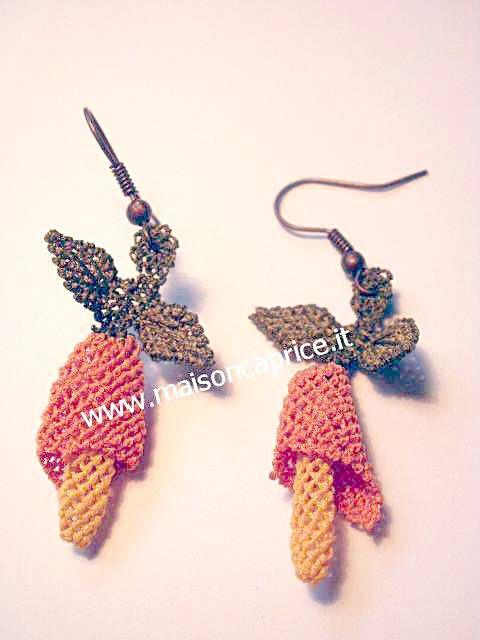 ultima moda: orecchini in seta a forma di calla fatti a mano ad ago, silk earrings