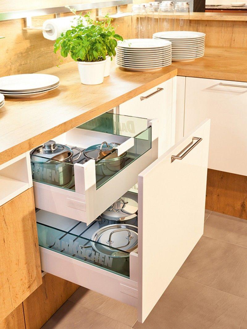 Inspiratie om van te watertanden. Laat de kleuren, vormen, afmetingen en stijlen van andere DAN Küchens u inspireren.