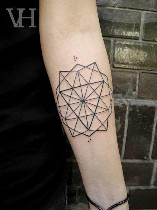 Increibles Tatuajes Geometricos Y Lineales Tatuaje