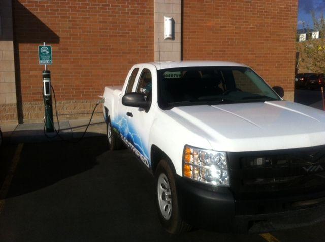 Charging Via Motors 402hp 100 Mpg Extended Range Electric Truck The