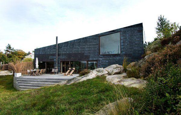 Huset i klippen ved den svenske skærgård