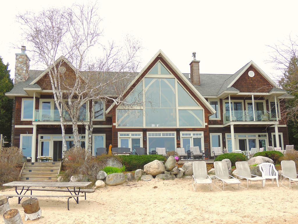 House vacation rental in Charlevoix, MI, USA from VRBO.com! #vacation #rental #travel #vrbo