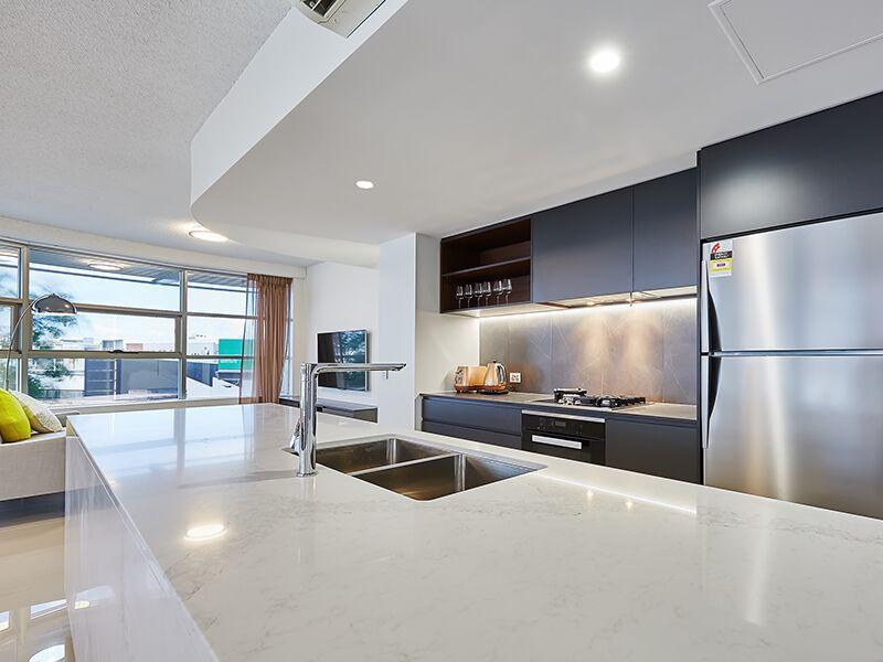 Best 2 5131 Calacatta Nuvo™ Designer Kitchens Kitchen 640 x 480