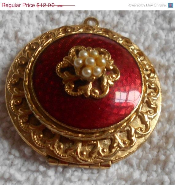 SALE Pearl Gold Tone Locket Pendant by VintageVarietyFinds on Etsy