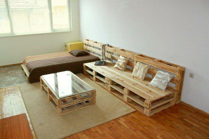 ein palettensofa selberbauen so leicht geht es. Black Bedroom Furniture Sets. Home Design Ideas