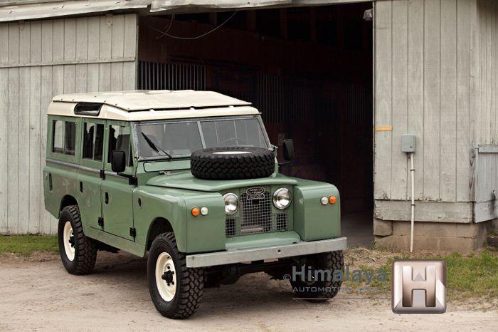 Land Rover Defender 109 серии 1967 года выпуска