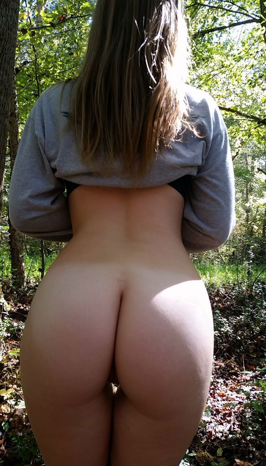 Young girls tight ass 2