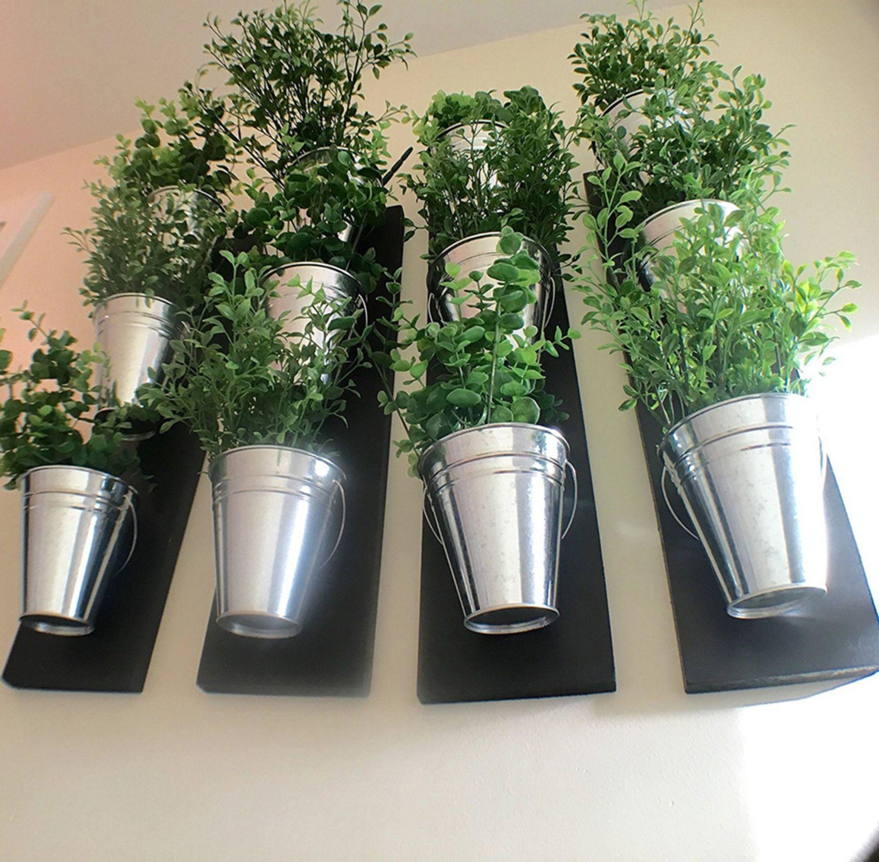 Top 10+ Cheap Vertical Wall Planter Pots Ideas To Make