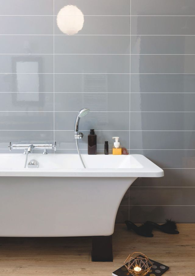Salle de bain moderne épurée - Stratifie Mural Salle De Bain