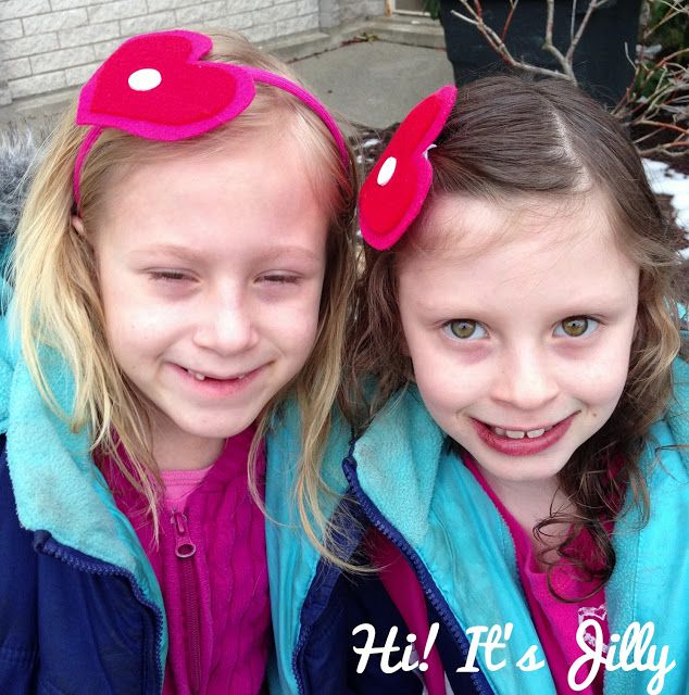 Hi! It's Jilly.: Valentines Heart Hair Clip