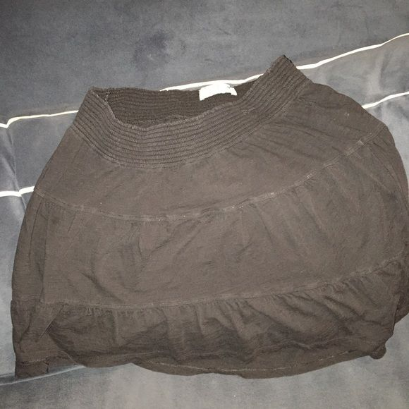 Maternity skirt.  Size Medium Great condition.  Flash makes it look faded. Old Navy Skirts