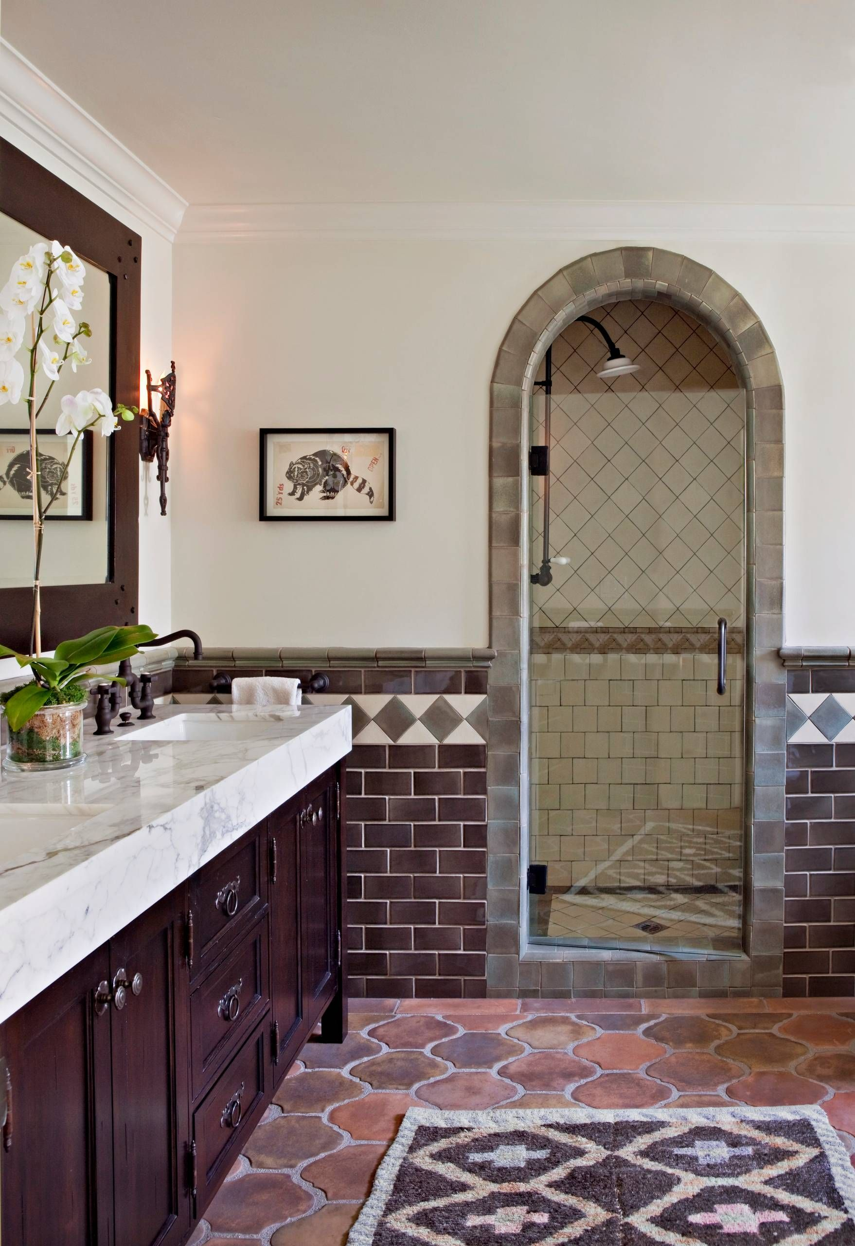 36 Chic Design Ideas For An Elegant Master Bathroom Home Awakening Spanish Style Bathrooms Spanish Style Homes Mediterranean Homes