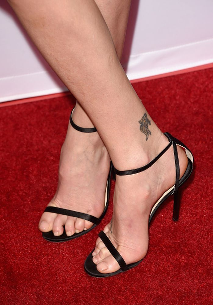 Charlize theron feet pictures