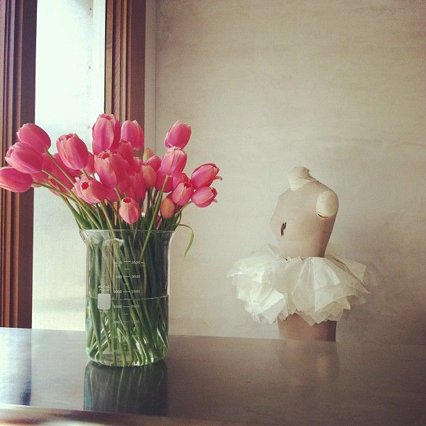 new rule.  monday's to-do list should always include flower arranging.