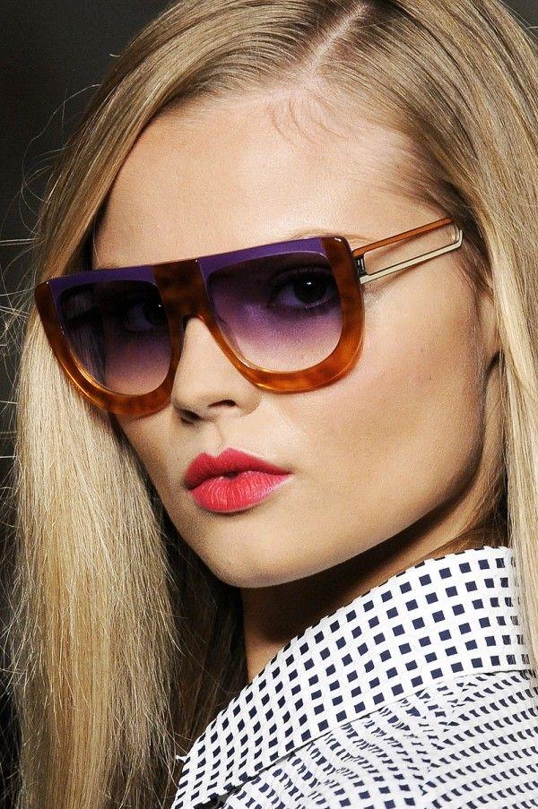 dd782e93b76cde Fendi Sunglasses for SS 2011 Lunettes Originales, Lunettes De Soleil,  Chapeau, Haute Couture