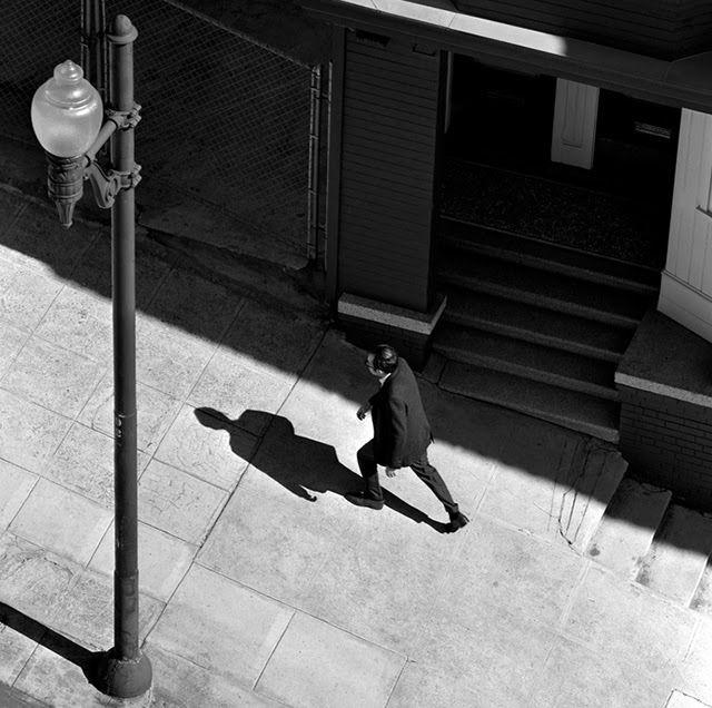 Incline Stride, 1959 © Fred Lyon