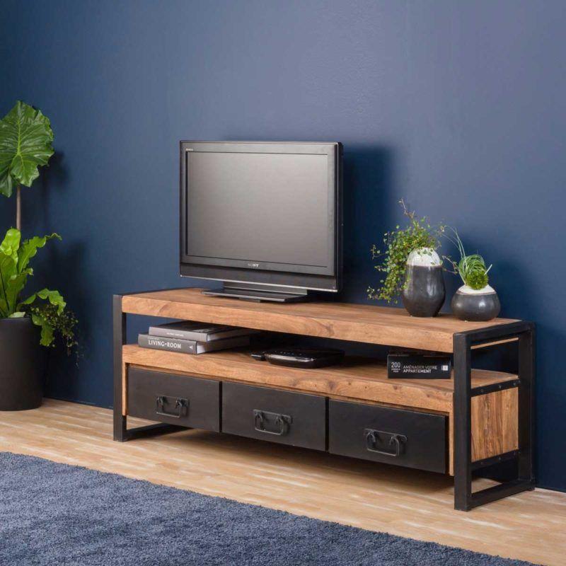 Meuble Tv Industriel 21 Modeles Pour La Deco Du Salon Meuble Tv Industriel Mobilier De Salon Idee Meuble Tv