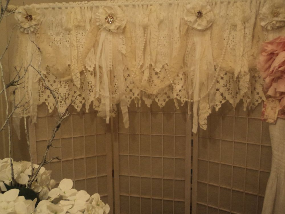 Vintage Lace Window Valance Shabby Chic Crochet Curtain Rhinestone Brooch 101x20 ShabbyChic ShabbyChicBoho
