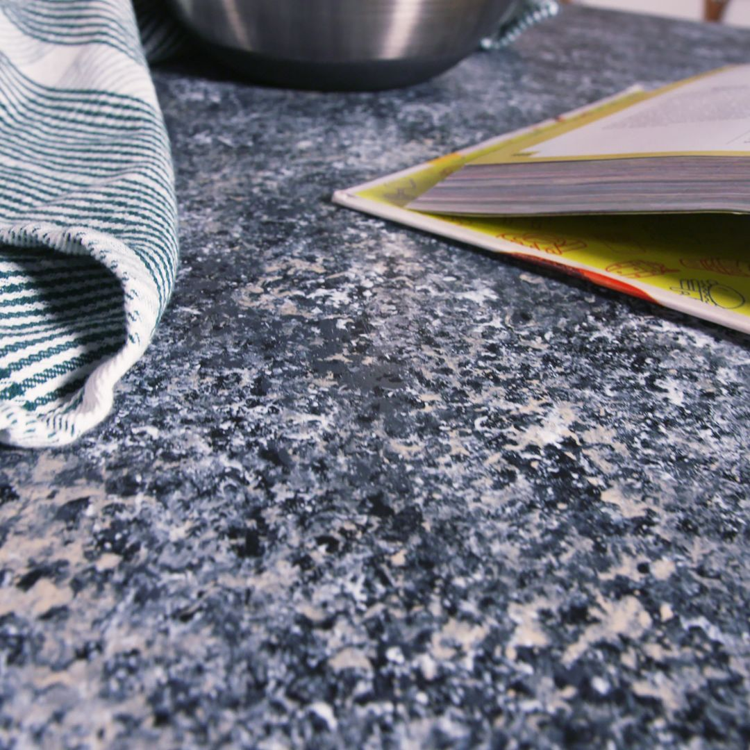 See How Paint Can Turn Your Old Countertops Into Gorgeous Faux
