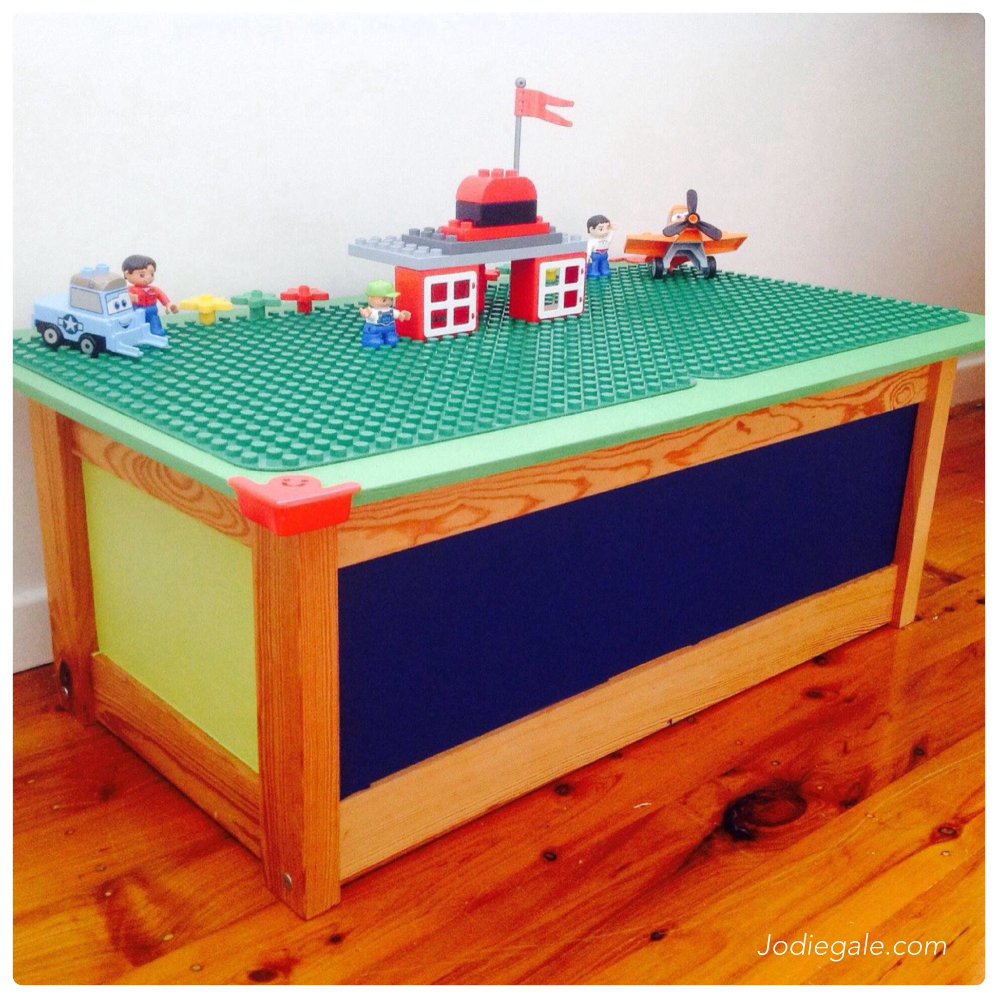 old ikea toy box upcycled to lego box upcycling. Black Bedroom Furniture Sets. Home Design Ideas
