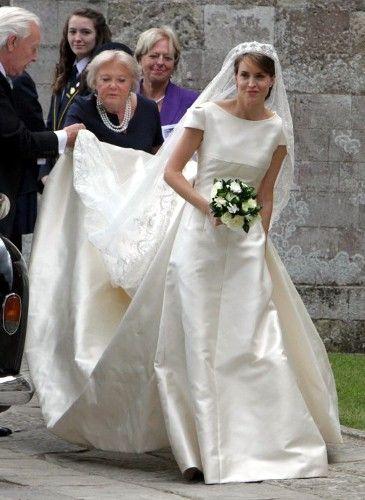 alexandra knatchbull dress designed by inge sprawson