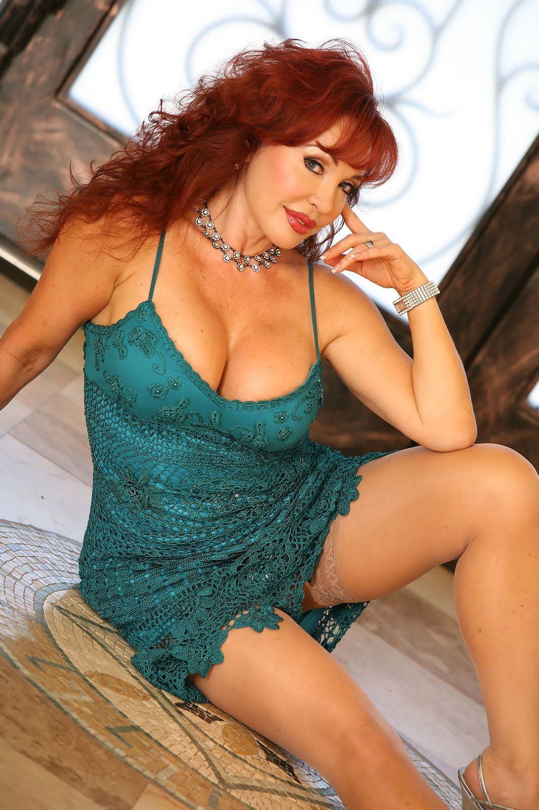 real  escort mature cougar