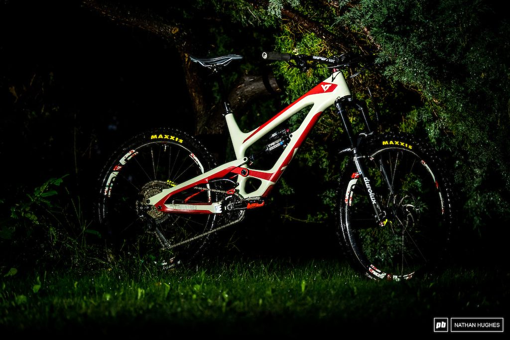 d6c3433c1e6 Bike Check: Brett Tippie's Glow-in-the Dark YT Capra 27 - Crankworx  Innsbruck 2018 - Pinkbike