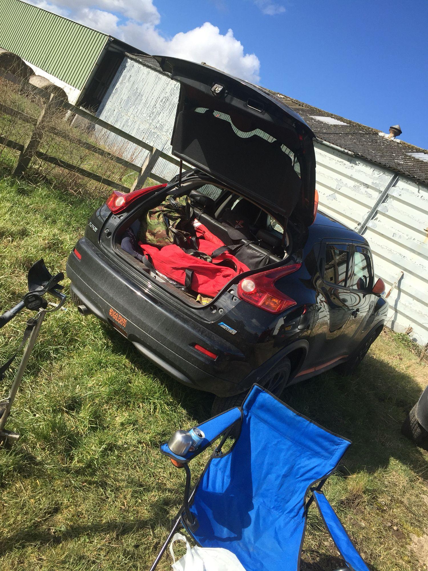 Setting up camp, #juke #diggler630 | V R O O M | Nissan juke